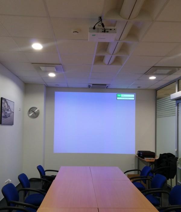 Projektorius, Wi-Fi sistema - UAB Seleris