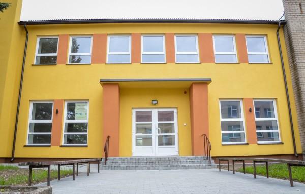 Bendruomenės namai (Veiviržėnai) - Garso įranga, vaizdo įranga, foninis įgarsinimas, evakuacinis įgarsinimas, silpnos srovės, garso kolonėlės - UAB Seleris